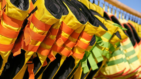 Lifejackets, buoyancy aids and floating devices as a subject for international standardization