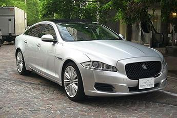 jaguar-XJ-silver
