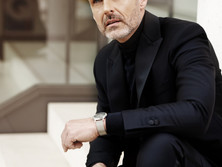 Man Fashion Best-Ager Model