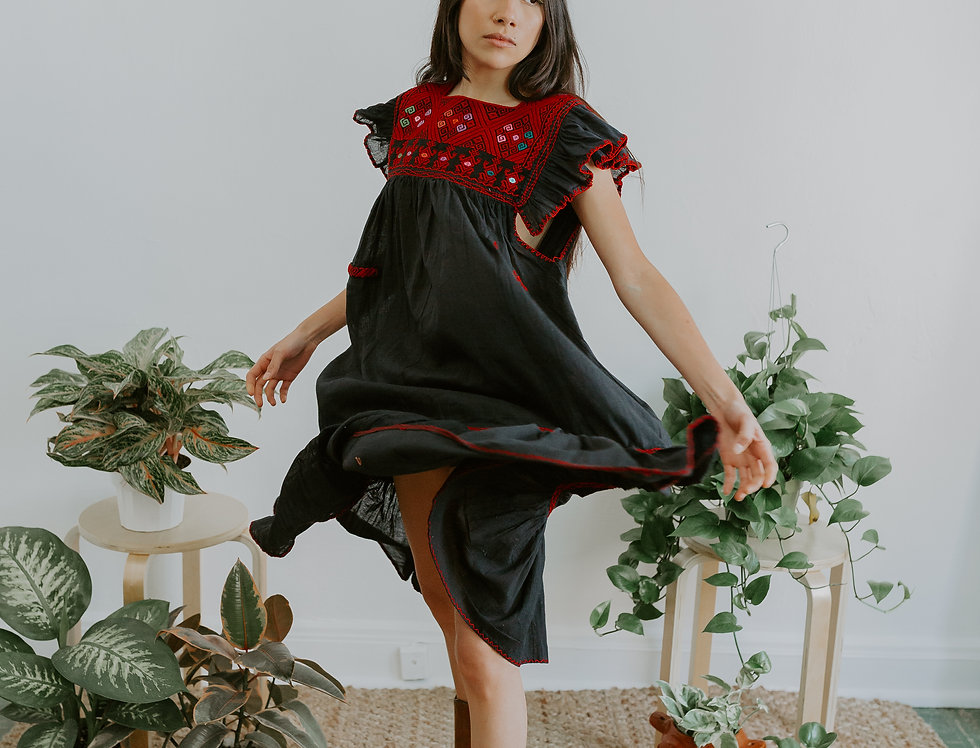 Maria Dress ( Negro ONLY M/L SIZE)