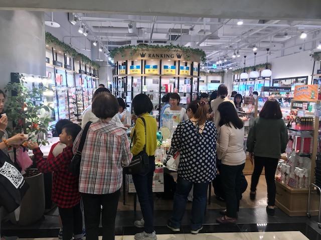 @cosme store 台湾微風信義門市店イベント販売