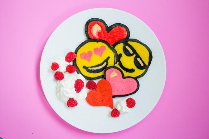 Treats and Eats: Valentine's Day Emoji Pancakes