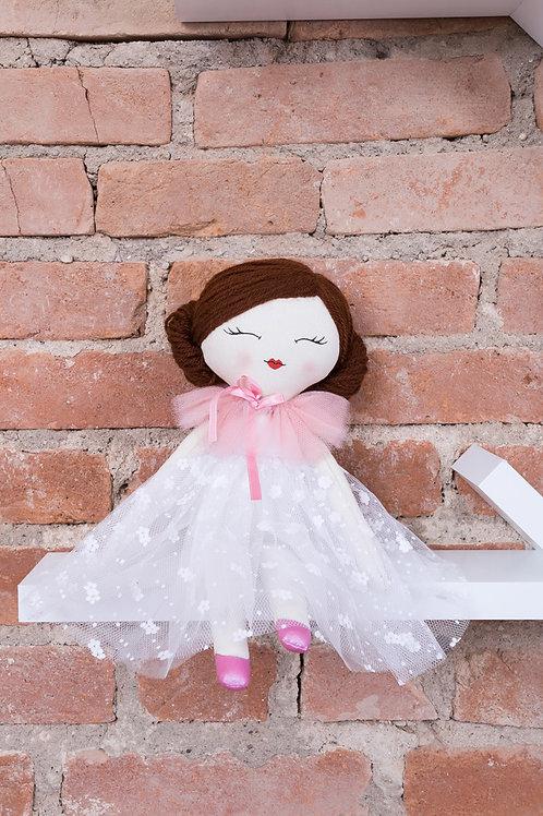 Fefe, a boneca