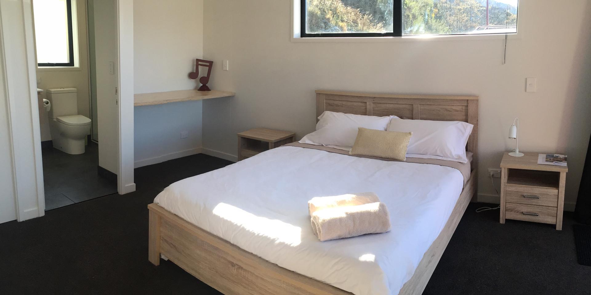 Valley + 2 Bedroom Modules bedroom