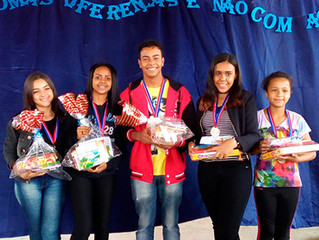 Projeto social do Instituto Ester Assumpção é finalizado na Escola M. José Salustiano Lara com Concu
