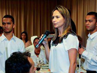 """Equipe do Instituto Ester Assumpção participa de almoço-palestra com tema """"Economia e Bem comum"""""""