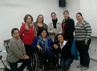 Gestoras participam de oficina sobre o brincar da criança com deficiência