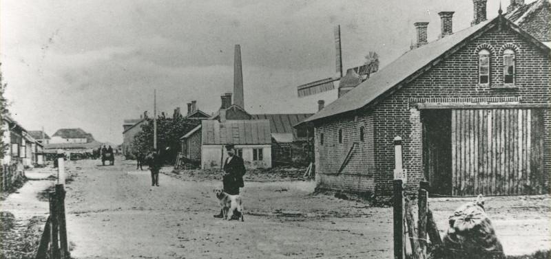 B42 1902 Kirsten Pisk hus i midten