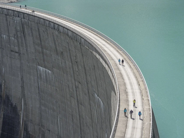 Gasasira (2016) 르완다의 댐건설프로젝트에서 비용초과를 초래하는 원인 : 사례 연구 KINONI 1 DAM 건설 프로젝트
