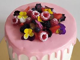 La Drip Cake Fiori e Lamponi