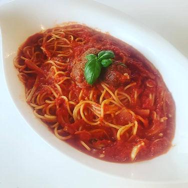 Italy -  Gianna & Ludovica - Spaghetti con polpette delizia