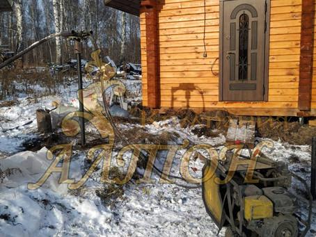 Монтаж винтовых свай под веранду п. Новостройка