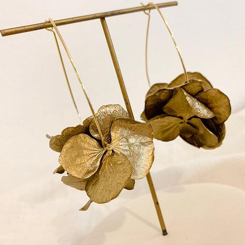 LEONORE - Créoles en fleurs naturelles dorées