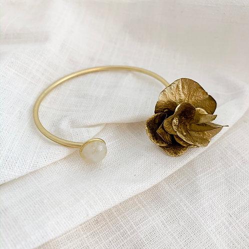 LEONORE - Jonc en fleurs naturelles dorées & pierre