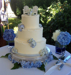 York Maine wedding cake
