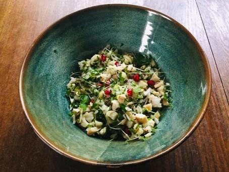 Salade met gerookte forel, als lunch of bij de borrel
