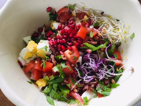 Salade met kleur! Vers en nog wat restjes...