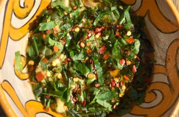 Chimichurri, een pittige Zuid-Amerikaanse saus bij vlees en vis