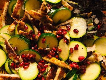 Alweer een salade die de volgende dag lekkerder is! Courgette en Halloumi, supercombi