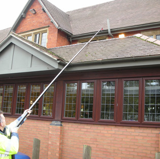 local - gutter - cleaning - gloucester