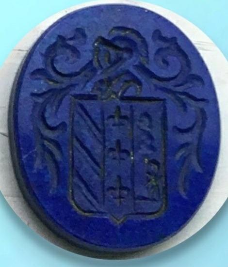 escudo grabado en lapizlazuli