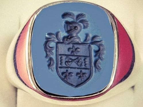 anillo de plata con ágata grabada el escudo