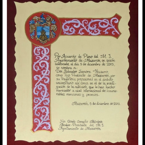 Diploma con cenefa  escrito a mano
