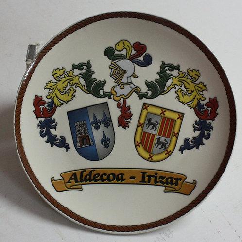 escudo-del-apellido-en-plato-de-ceramica
