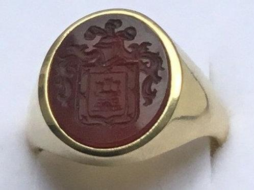 Anillo de oro 18 Kl. piedra Carneol 14X10 mm.