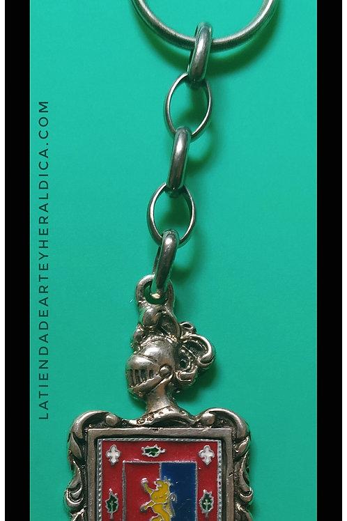 Nieto  llavero de plata escudo en esmalte