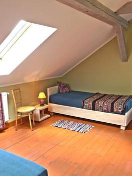Pokój 3-osobowy2.jpg
