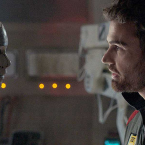 Review: Science-fiction thriller 'Archive' could use a reboot