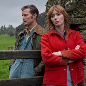 Review: Irish rom-com 'Wild Mountain Thyme' a breezy blunder of absurd proportions