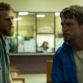 Review: Charlie Hunnam and Jack O'Connell try to salvage formulaic 'Jungleland'