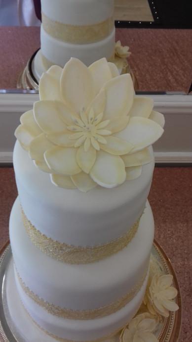 lge flower wedding