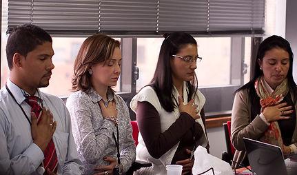 Mindfulness Empesarial. Mindful Vital MBSR Mindfulness Bogotá Maria del Pilar Cubillos instructora certificada CFM UMass