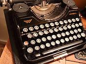 old_typewriter_184617.jpg