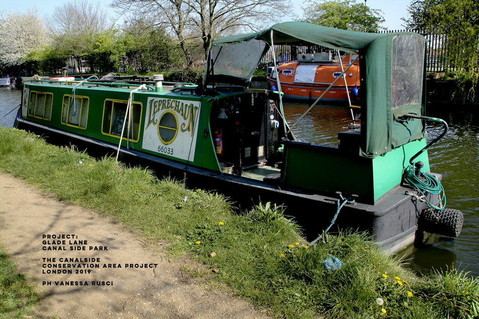 Narrow boats London Community