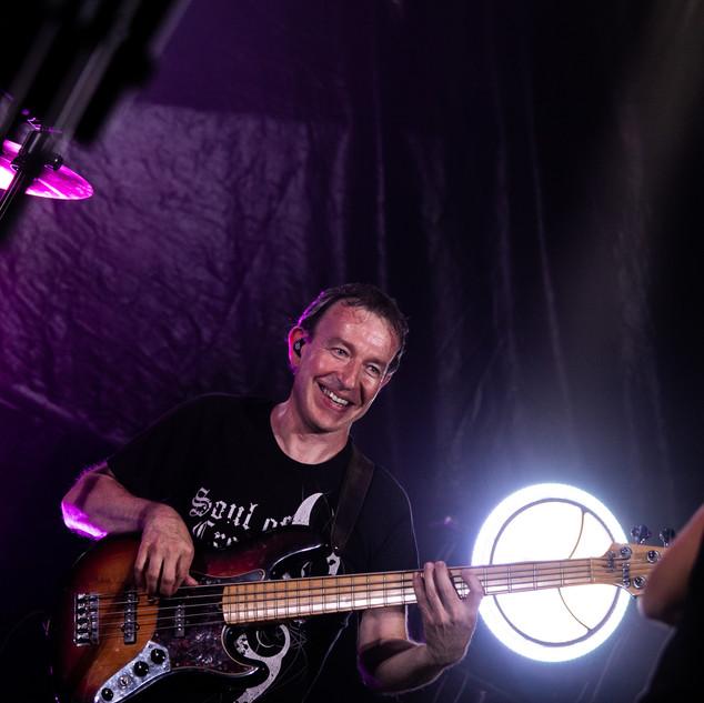 MICHEL guitare basse