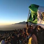 Amanecer desde la cima del volcán monte tlaloc