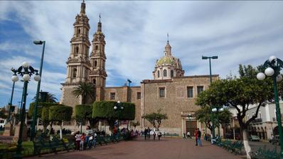 Plaza principal de Tepatitlan de Morelos