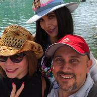 Aunque ya había conocido a Angie en Chapala de manera fortuita y a Lulucita en la reunión de AxM 2018, fue un gusto coincidir en el Lago de Camecuaro en Michoacán.