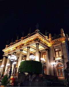 Teatro de noche