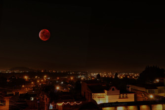 Luna sobre Metepec