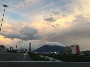 Monterrey amaneciendo