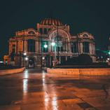 Bellas artes de noche