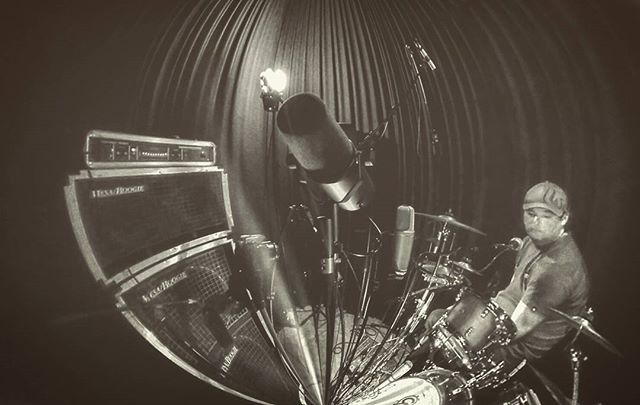 Multicam live recording with Foozack #studiocube #multicam #musicvideo #liverecording #foozack