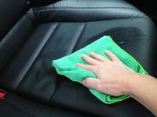 higienização e hidratação de couro