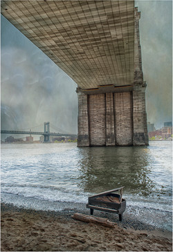 Brooklyn Bridge Piano