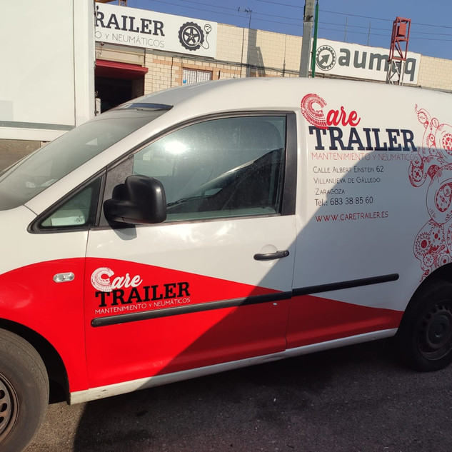 Caretrailer rotulacion furgoneta.jpeg